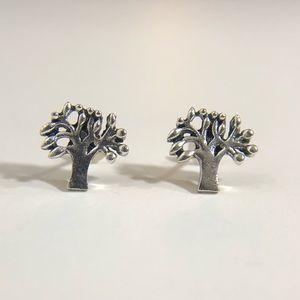 3/$12💛Mini Silver Tree Stud Earrings